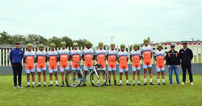 Ciclismo SJC - equipe no Campeonato Brasileiro cópia
